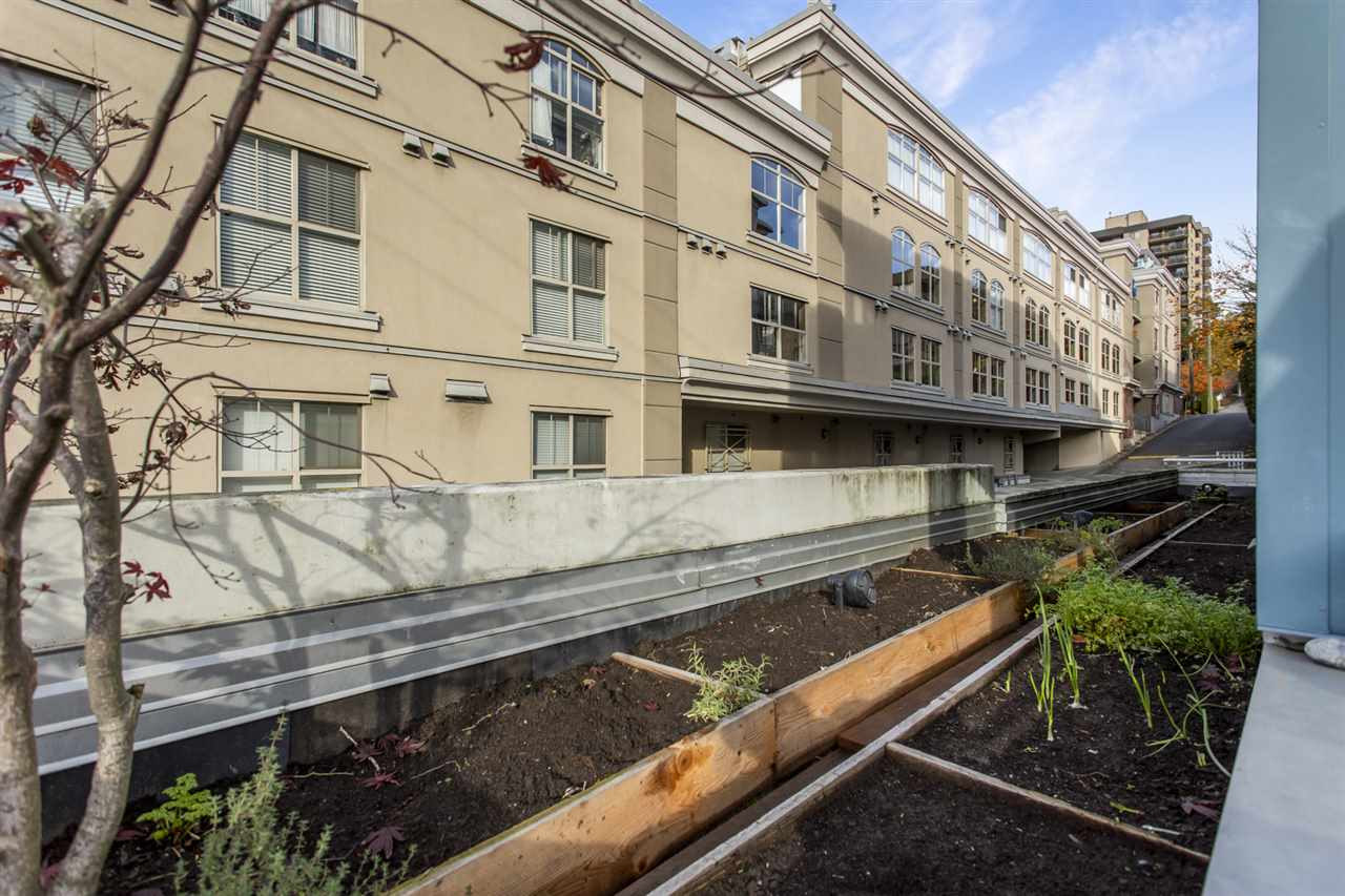 201 122 E 3RD STREET - Lower Lonsdale Apartment/Condo for sale, 2 Bedrooms (R2525697) - #31