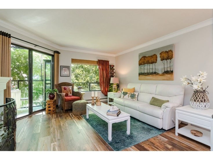 304 14950 THRIFT AVENUE - White Rock Apartment/Condo for sale, 2 Bedrooms (R2526137)