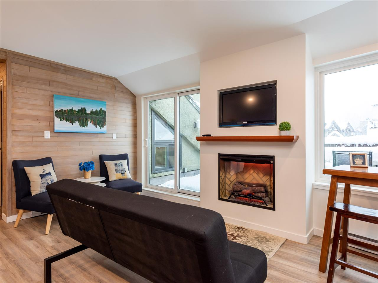 400 4111 GOLFERS APPROACH - Whistler Village Apartment/Condo for sale, 2 Bedrooms (R2526453)