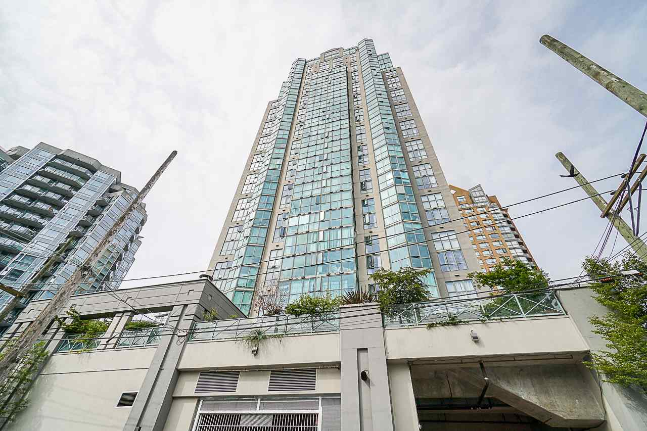 803 1188 HOWE STREET - Downtown VW Apartment/Condo for sale, 1 Bedroom (R2526482) - #1