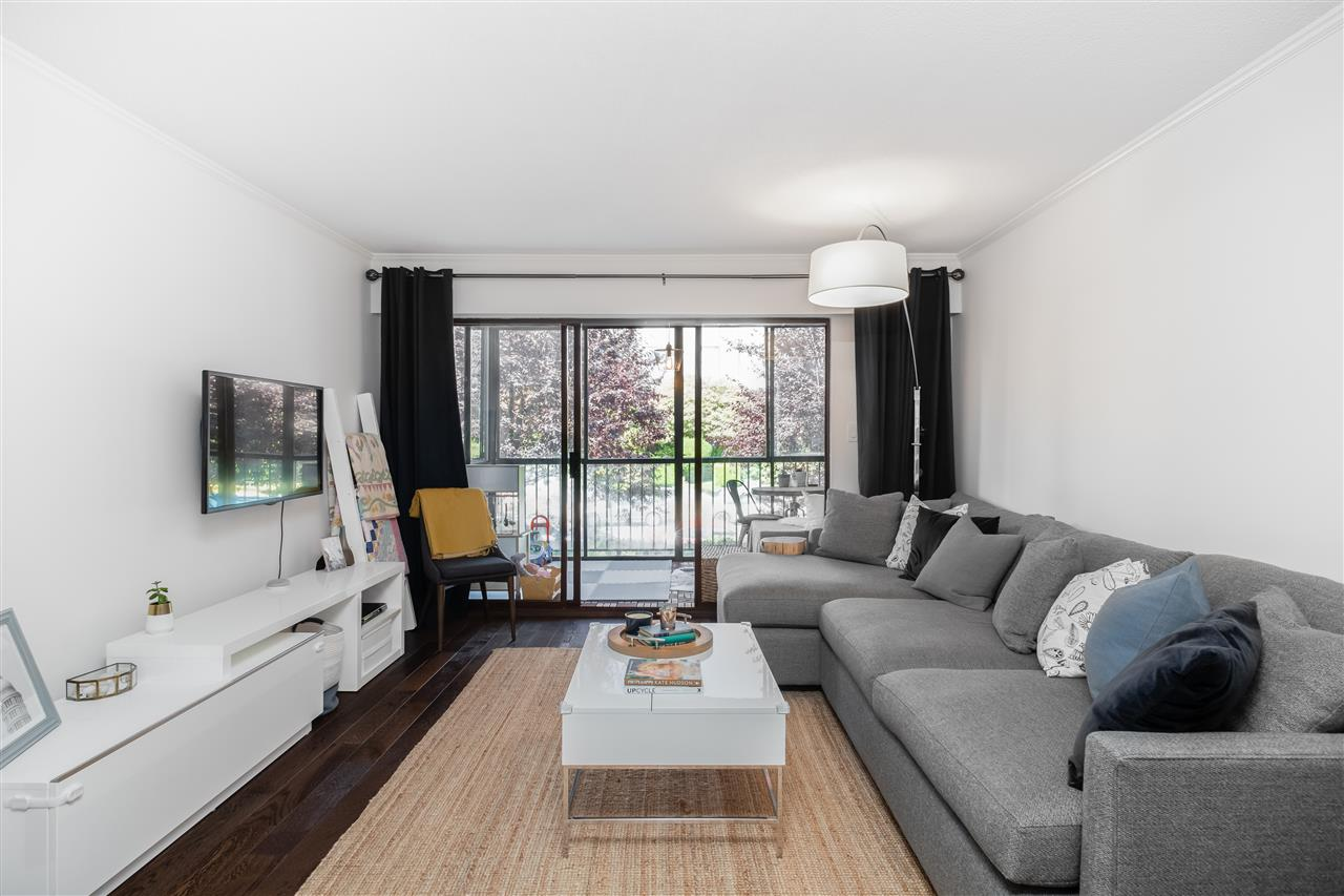 201 127 E 4TH STREET - Lower Lonsdale Apartment/Condo for sale, 2 Bedrooms (R2526580) - #2