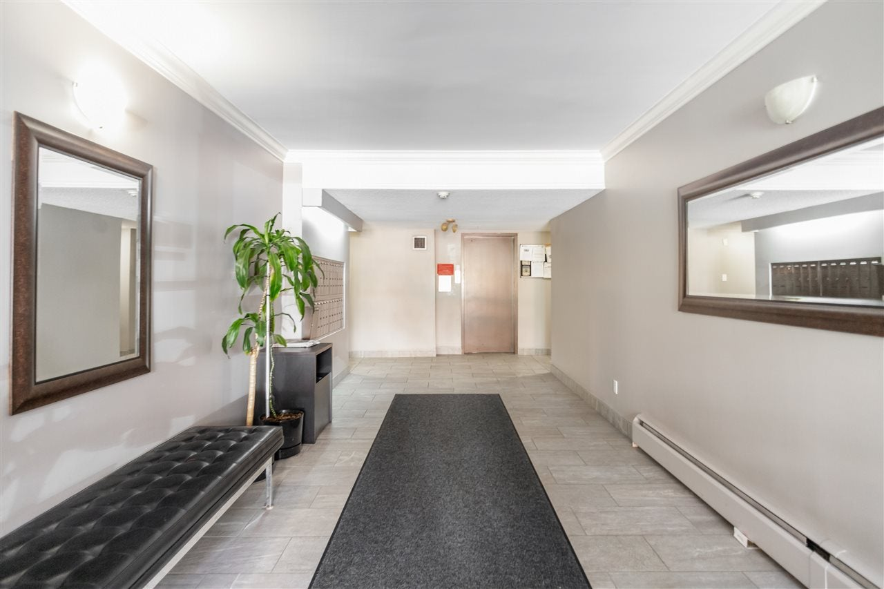 201 127 E 4TH STREET - Lower Lonsdale Apartment/Condo for sale, 2 Bedrooms (R2526580) - #29