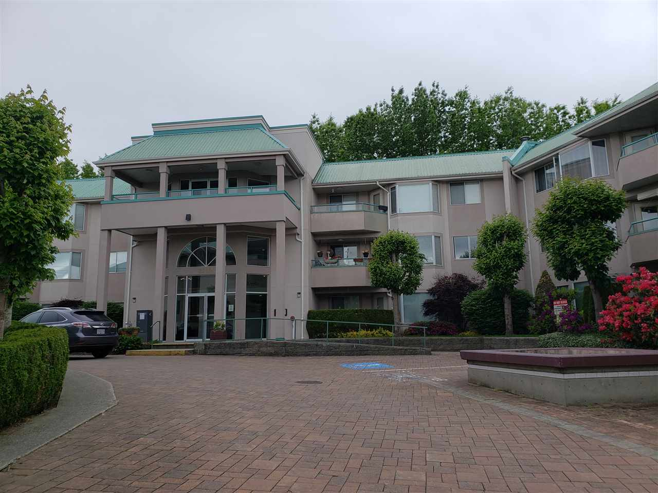 308 33165 OLD YALE ROAD - Central Abbotsford Apartment/Condo for sale, 2 Bedrooms (R2526606) - #1