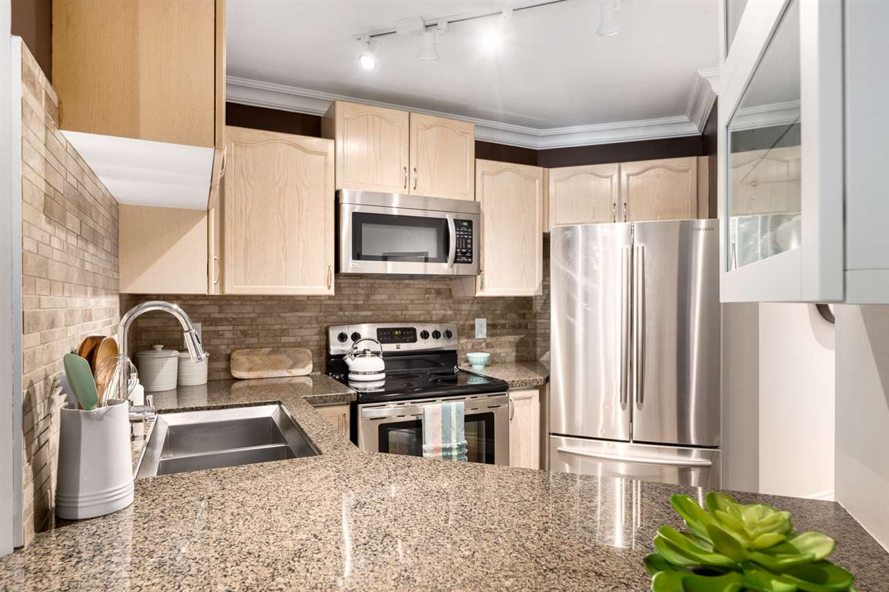 102 123 E 6TH STREET - Lower Lonsdale Apartment/Condo for sale, 1 Bedroom (R2526655) - #3