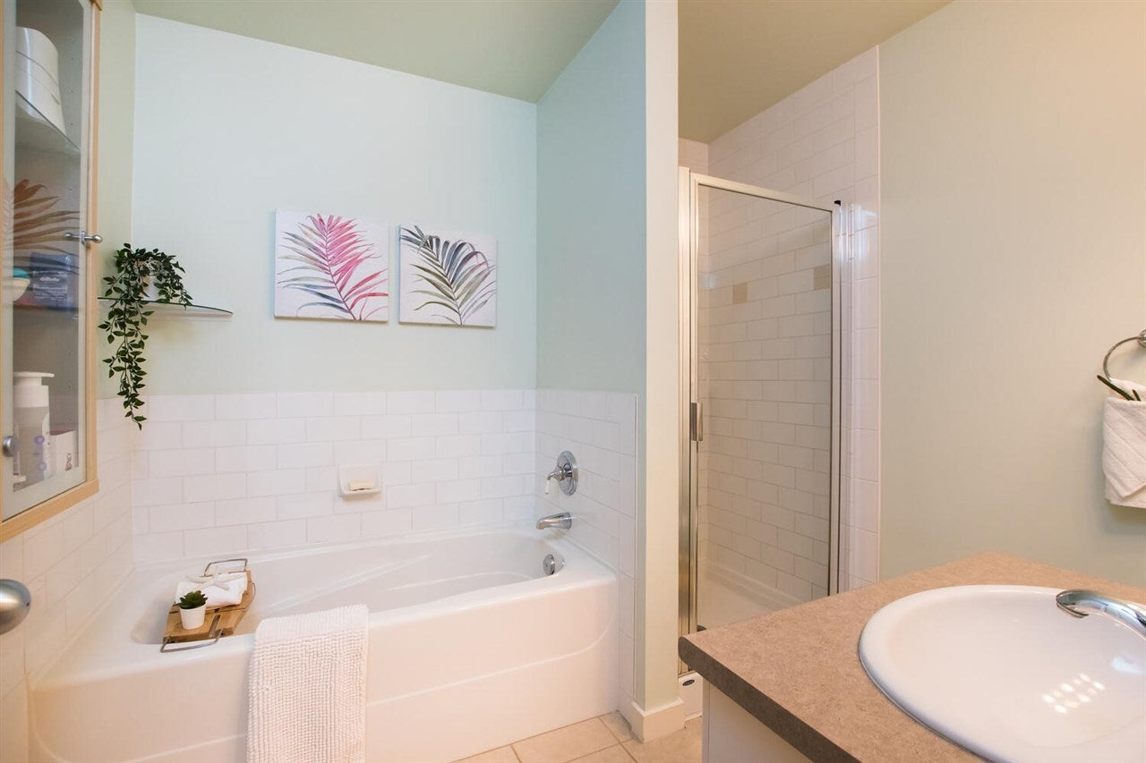 225 18 JACK MAHONY PLACE - GlenBrooke North Townhouse for sale, 2 Bedrooms (R2526762) - #21