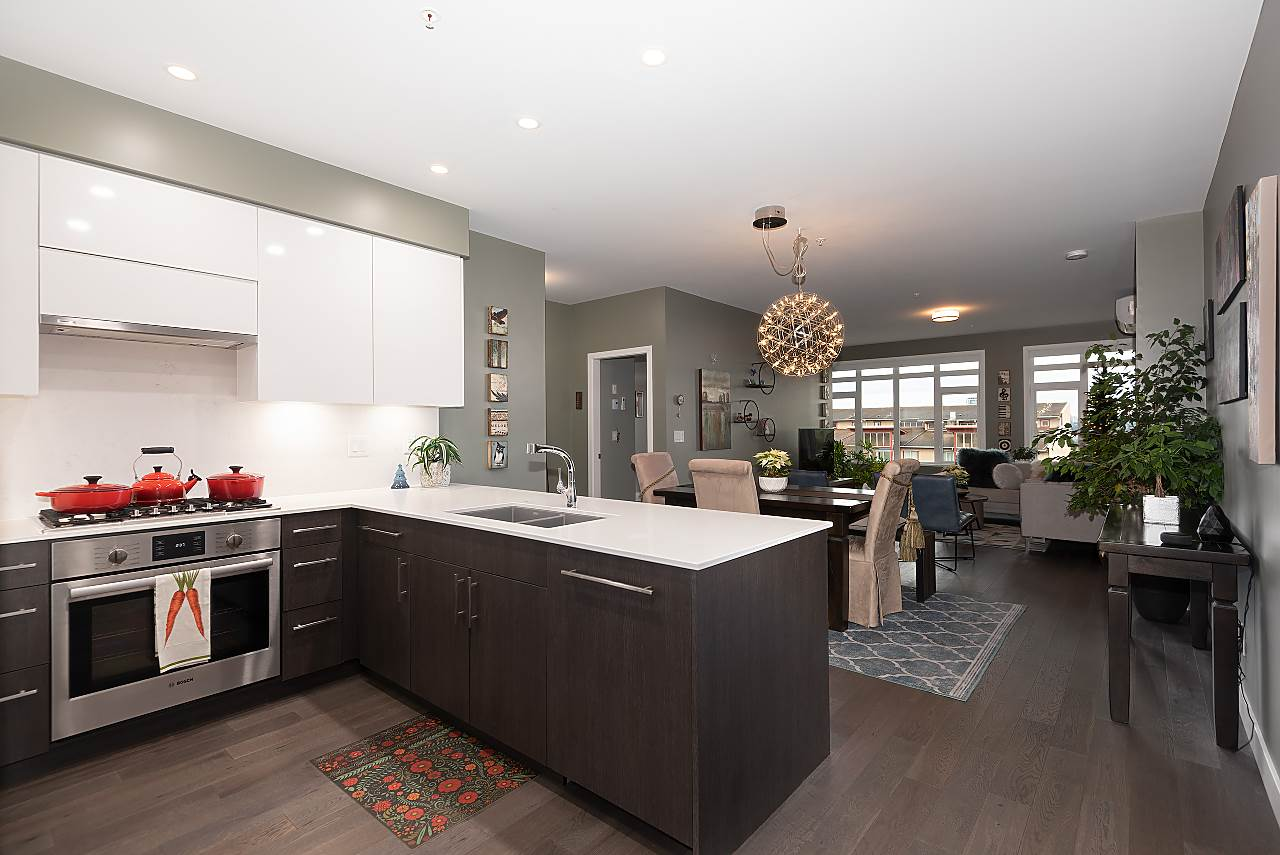 308 3971 HASTINGS STREET - Vancouver Heights Apartment/Condo for sale, 3 Bedrooms (R2526798)