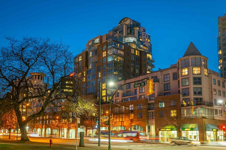 404 1159 MAIN STREET - Downtown VE Apartment/Condo for sale, 1 Bedroom (R2527066)