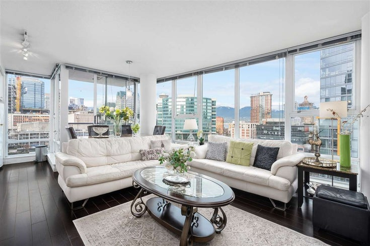 1105 668 CITADEL PARADE - Downtown VW Apartment/Condo for sale, 2 Bedrooms (R2527191)