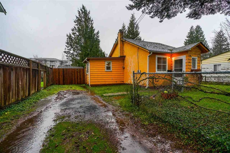 46272 GORE AVENUE - Chilliwack E Young-Yale House/Single Family for sale, 2 Bedrooms (R2527230)