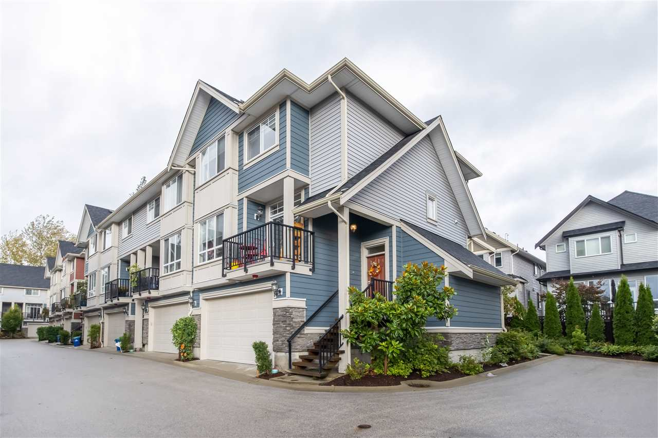 11 21017 76 AVENUE - Willoughby Heights Townhouse for sale, 3 Bedrooms (R2527368) - #1