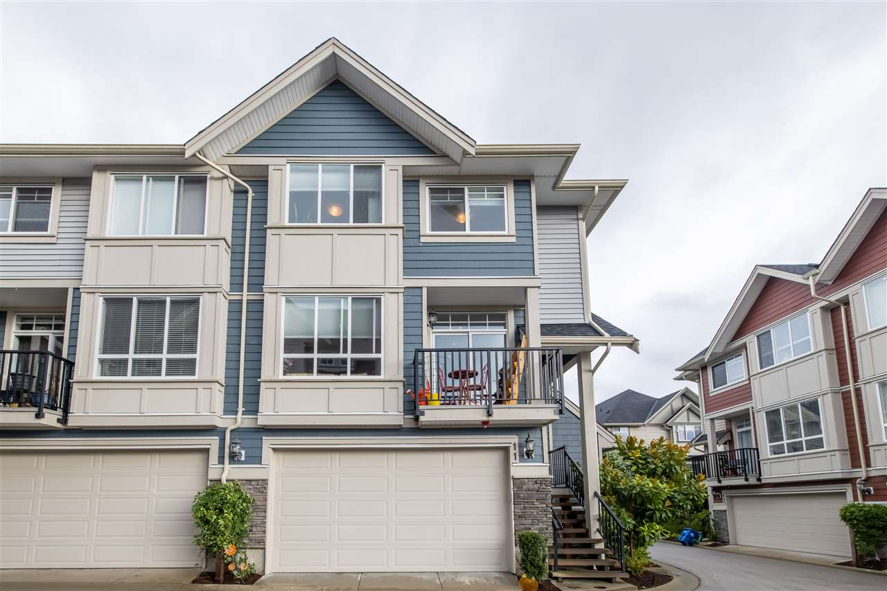 11 21017 76 AVENUE - Willoughby Heights Townhouse for sale, 3 Bedrooms (R2527368) - #2