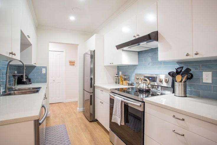 104 4363 HALIFAX STREET - Brentwood Park Apartment/Condo for sale, 2 Bedrooms (R2527530)