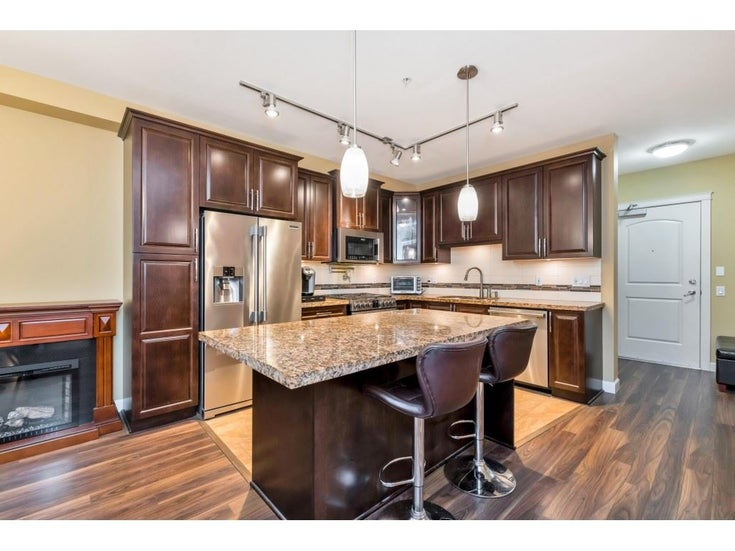 214 8157 207 STREET - Willoughby Heights Apartment/Condo for sale, 2 Bedrooms (R2527561)
