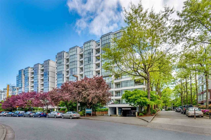 304 456 MOBERLY ROAD - False Creek Apartment/Condo for sale, 2 Bedrooms (R2527647)