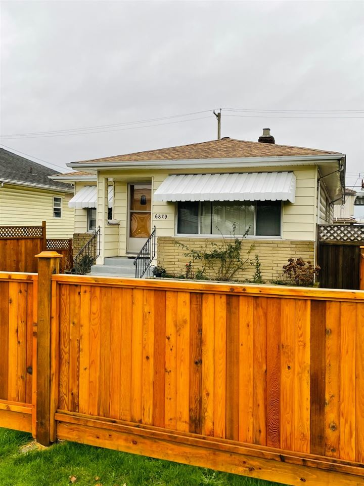 6879 FRASER STREET - South Vancouver House/Single Family for sale, 5 Bedrooms (R2527765) - #1