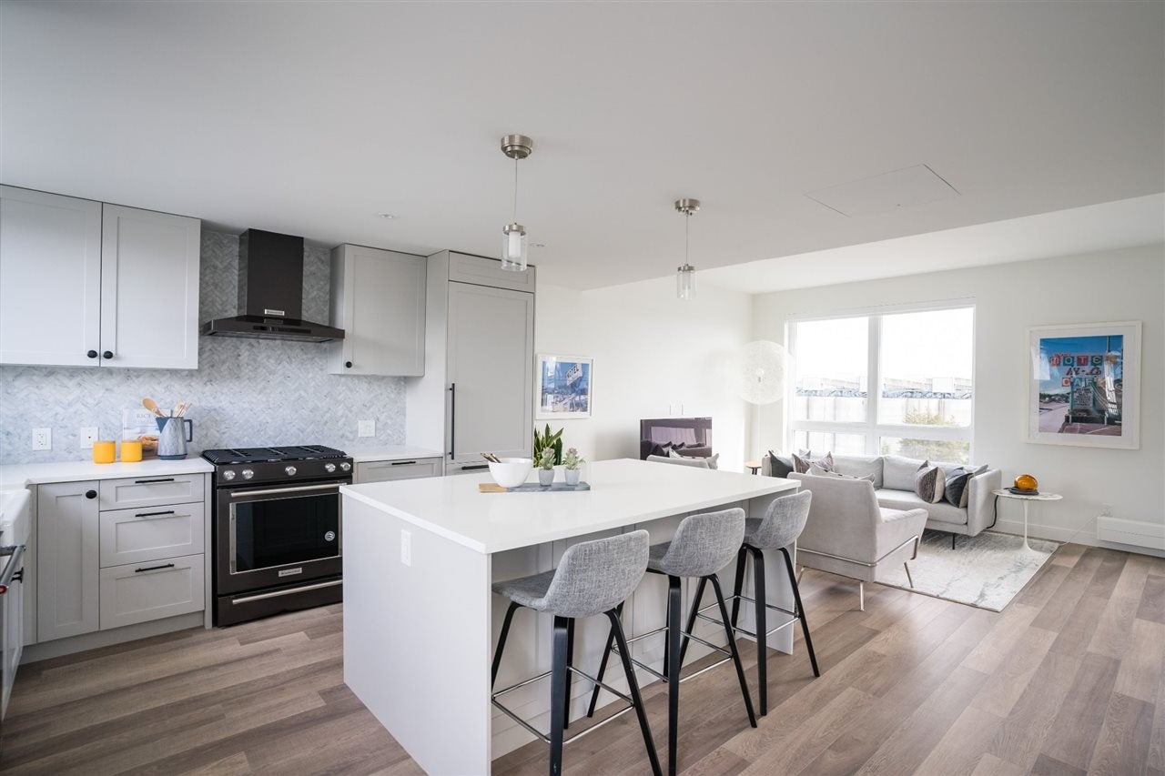 422 525 E 2ND STREET - Lower Lonsdale Apartment/Condo for sale, 3 Bedrooms (R2527784) - #13