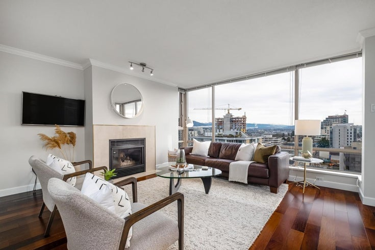 1304 1590 W 8TH AVENUE - Fairview VW Apartment/Condo for sale, 2 Bedrooms (R2527876)