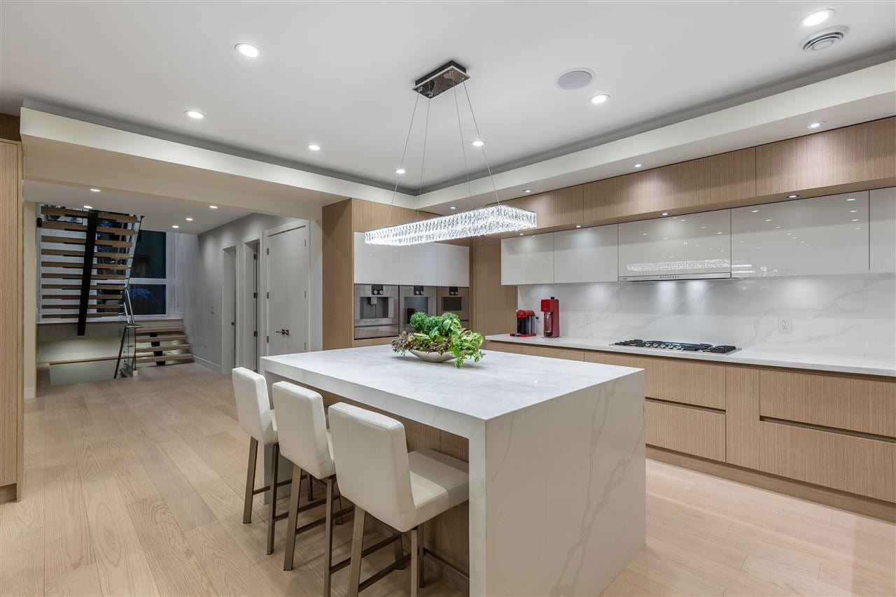 3560 BLUEBONNET ROAD - Edgemont House/Single Family for sale, 6 Bedrooms (R2527979) - #14