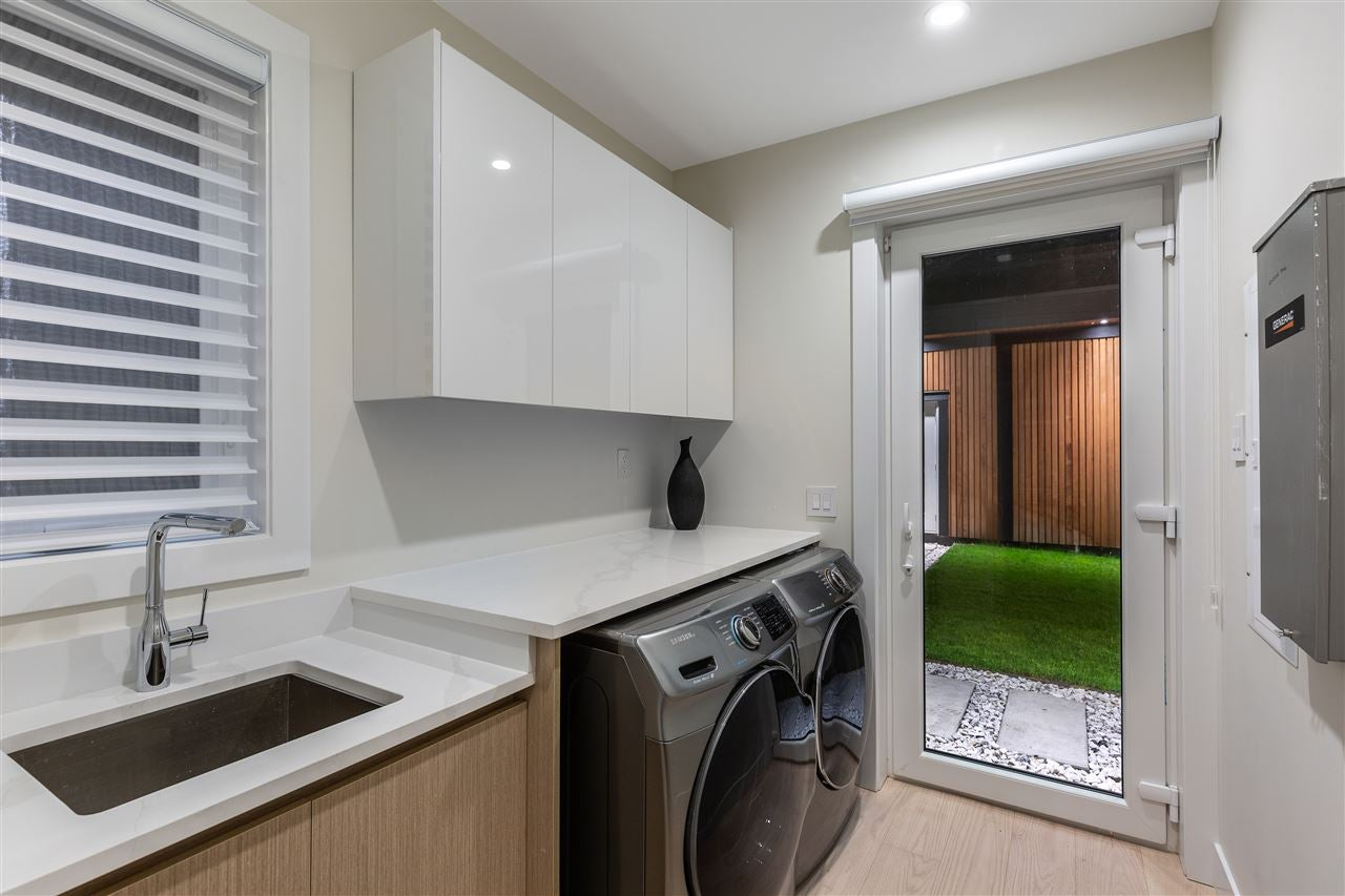 3560 BLUEBONNET ROAD - Edgemont House/Single Family for sale, 6 Bedrooms (R2527979) - #17