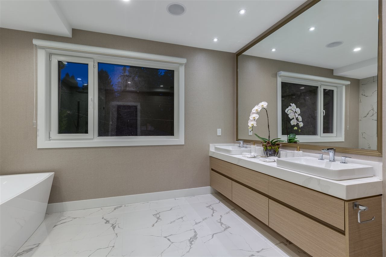 3560 BLUEBONNET ROAD - Edgemont House/Single Family for sale, 6 Bedrooms (R2527979) - #26