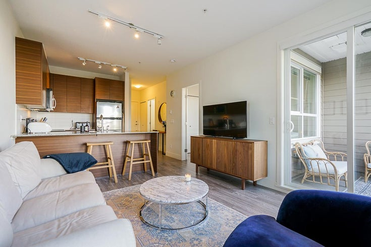 215 5788 SIDLEY STREET - Metrotown Apartment/Condo for sale, 1 Bedroom (R2528004)