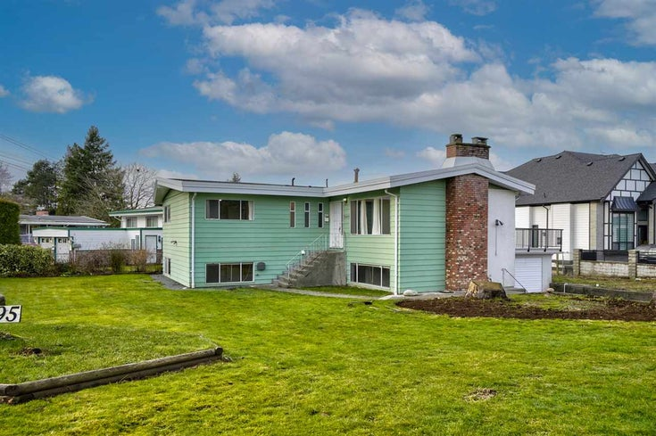 33495 HUGGINS AVENUE - Abbotsford West House/Single Family for sale, 5 Bedrooms (R2528118)