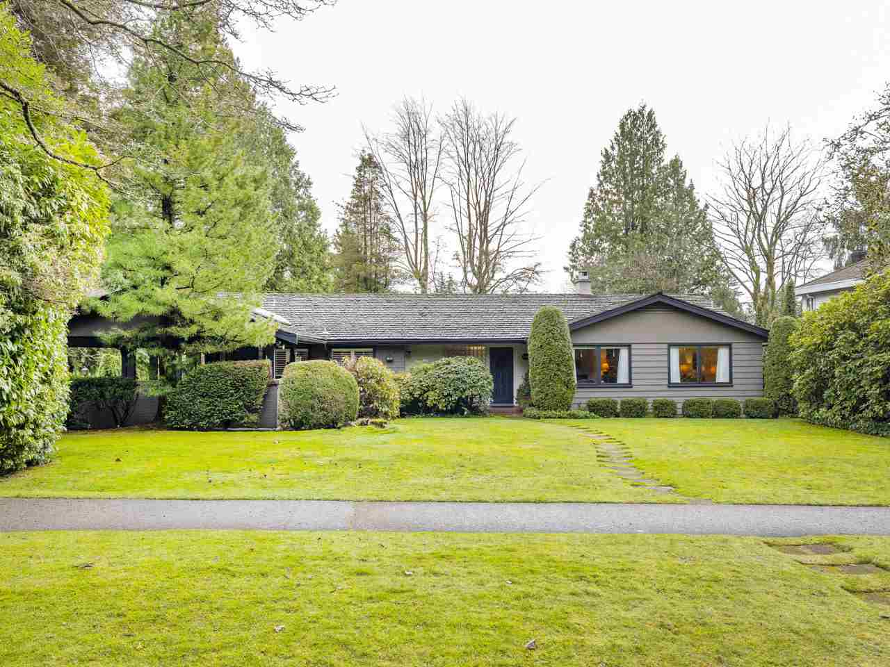 1308 W 54TH AVENUE - South Granville House/Single Family for sale, 4 Bedrooms (R2528346)