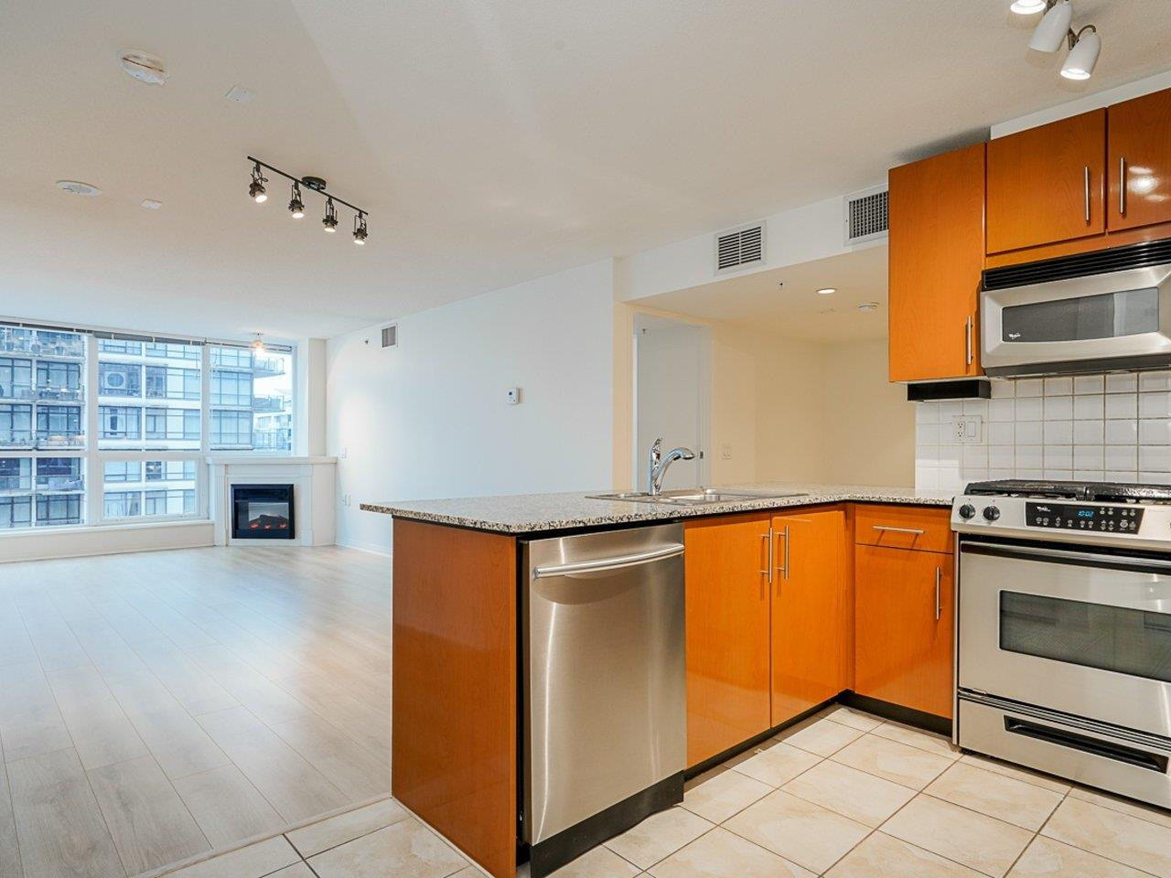 604 188 E ESPLANADE - Lower Lonsdale Apartment/Condo for sale, 2 Bedrooms (R2528391) - #5