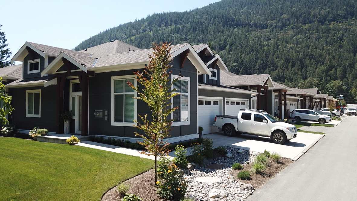29 628 MCCOMBS DRIVE - Harrison Hot Springs 1/2 Duplex for sale, 2 Bedrooms (R2528424) - #1