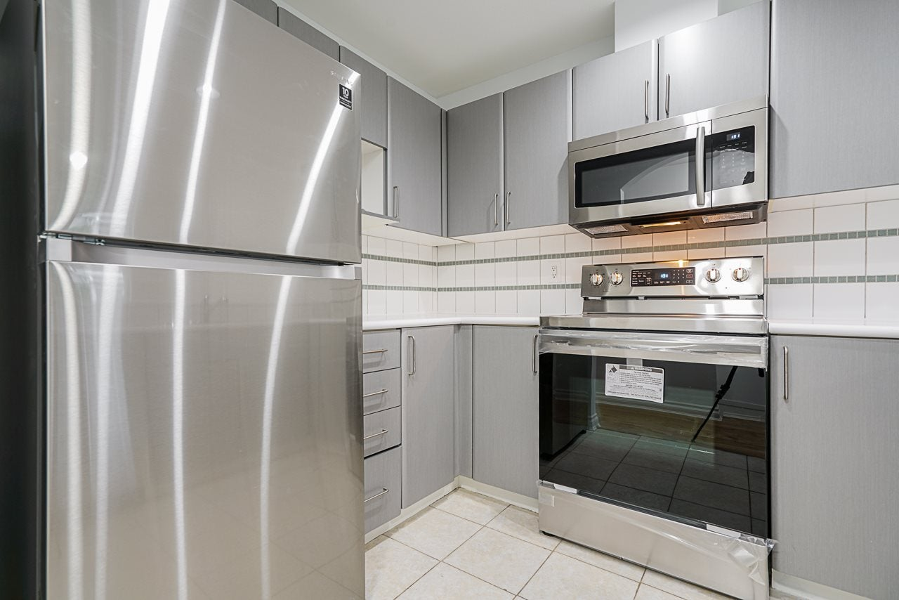38 6450 199 STREET - Willoughby Heights Townhouse for sale, 3 Bedrooms (R2528561) - #13