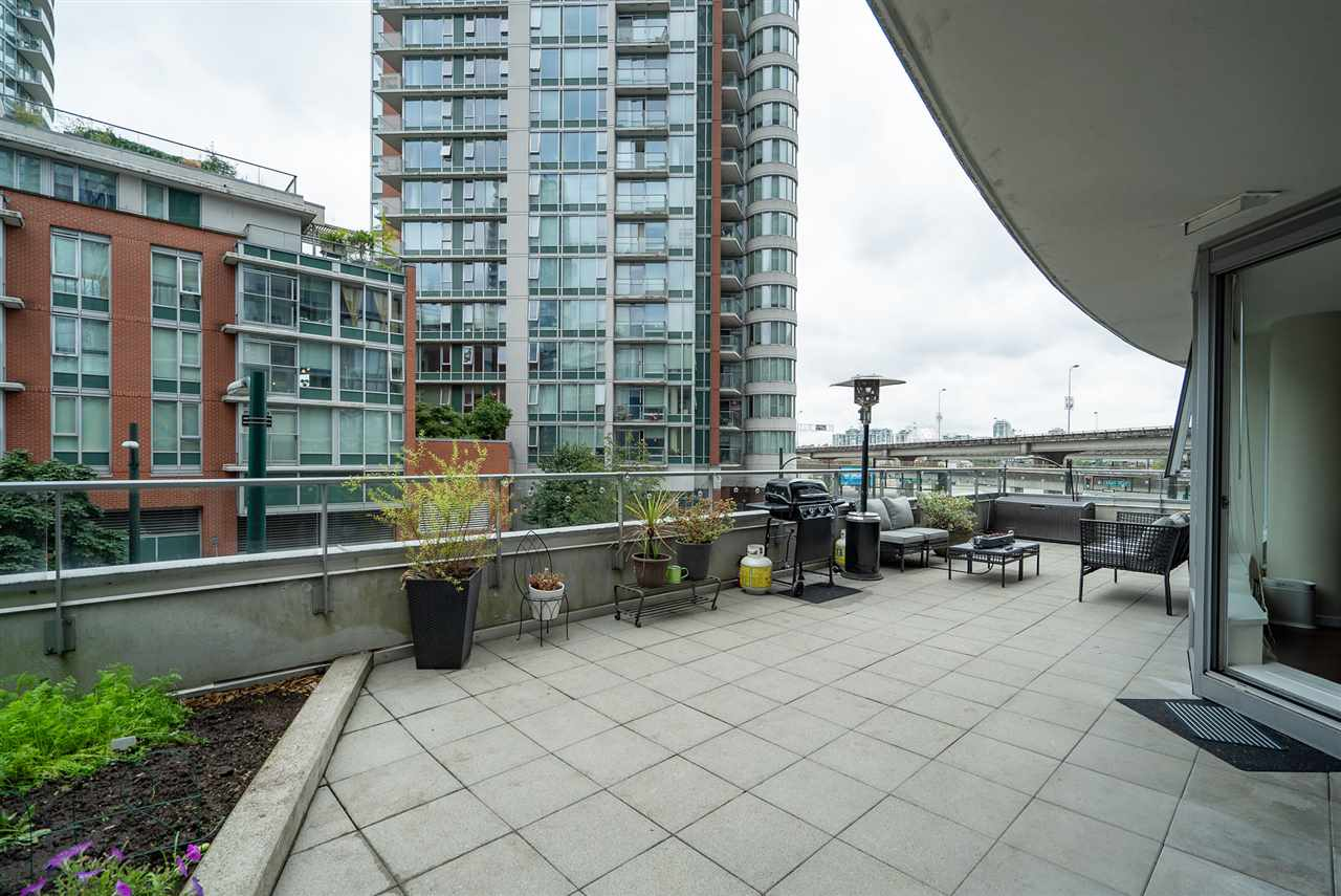 202 689 ABBOTT STREET - Downtown VW Apartment/Condo for sale, 2 Bedrooms (R2528583) - #20