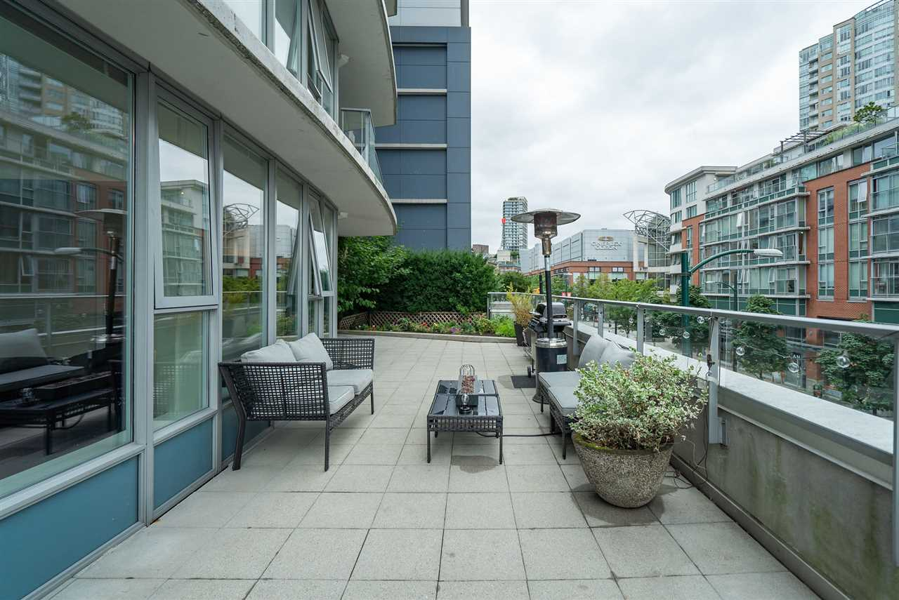 202 689 ABBOTT STREET - Downtown VW Apartment/Condo for sale, 2 Bedrooms (R2528583) - #25