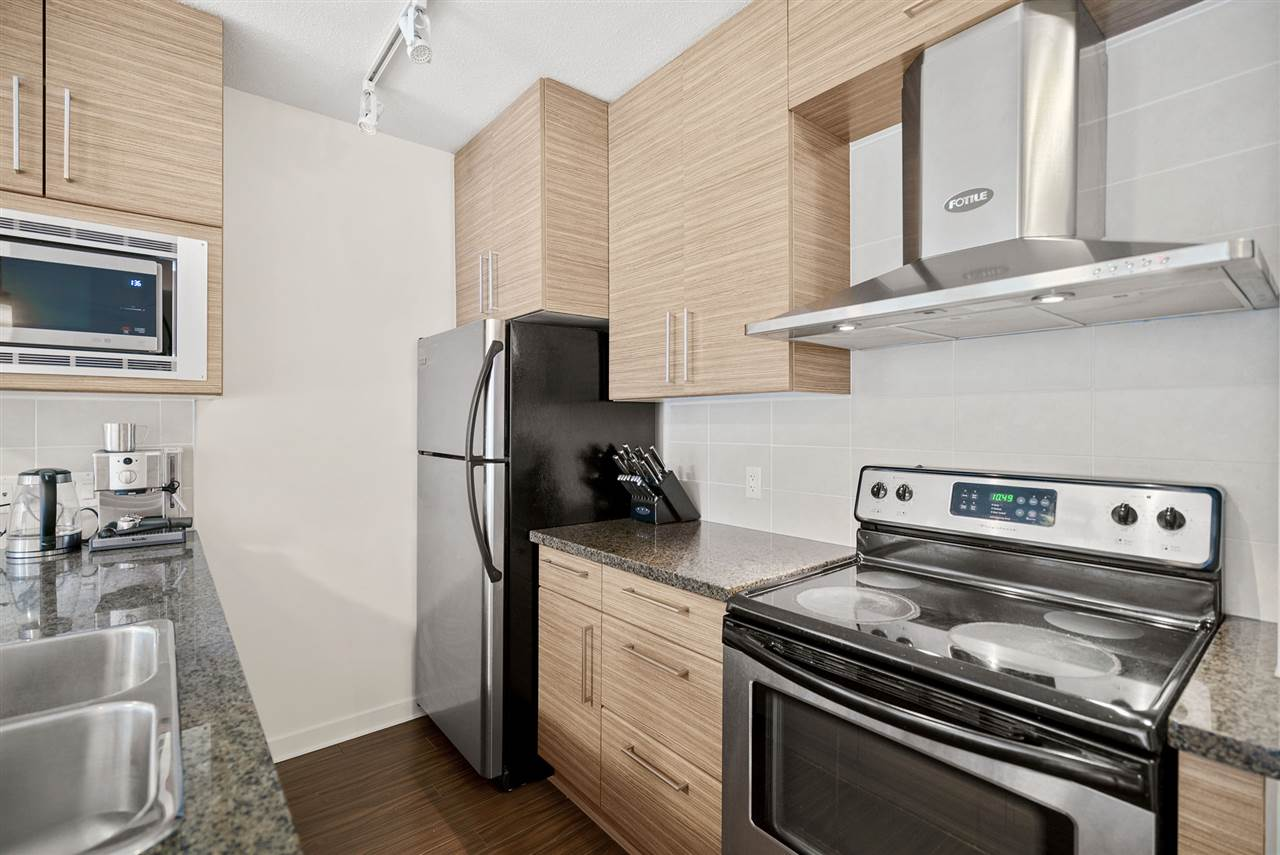 202 689 ABBOTT STREET - Downtown VW Apartment/Condo for sale, 2 Bedrooms (R2528583) - #3