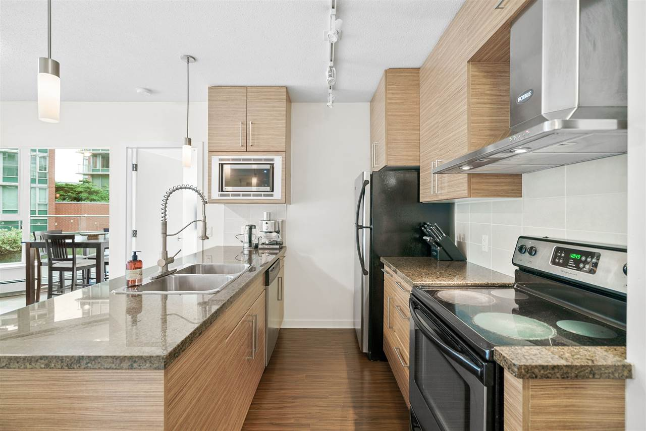 202 689 ABBOTT STREET - Downtown VW Apartment/Condo for sale, 2 Bedrooms (R2528583) - #4