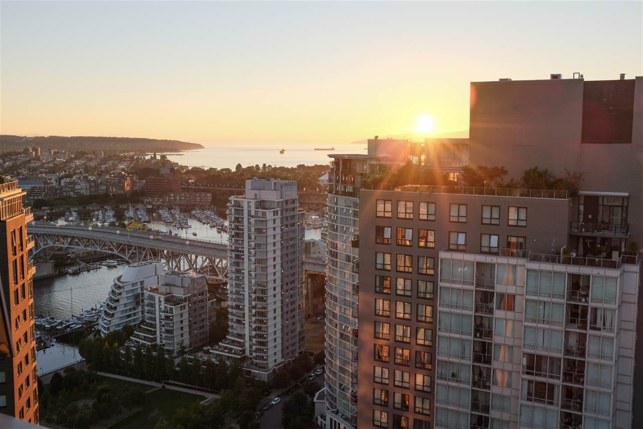 4006 1408 STRATHMORE MEWS - Yaletown Apartment/Condo for sale, 1 Bedroom (R2528590) - #1