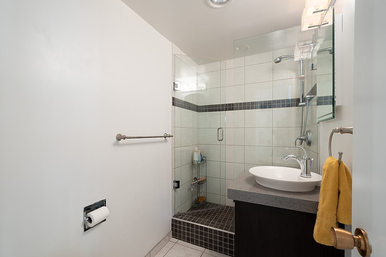 501 1960 ROBSON STREET - West End VW Apartment/Condo for sale, 2 Bedrooms (R2528617) - #17