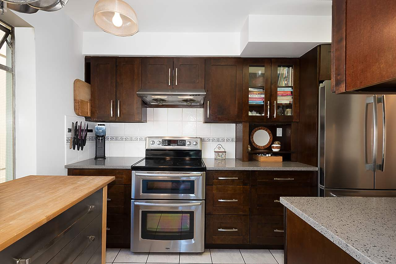 501 1960 ROBSON STREET - West End VW Apartment/Condo for sale, 2 Bedrooms (R2528617) - #9