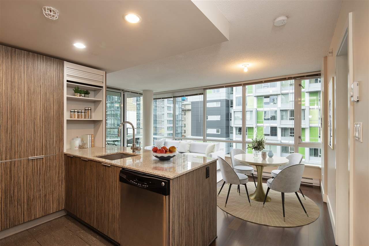 603 1088 RICHARDS STREET - Yaletown Apartment/Condo for sale, 3 Bedrooms (R2528665) - #2