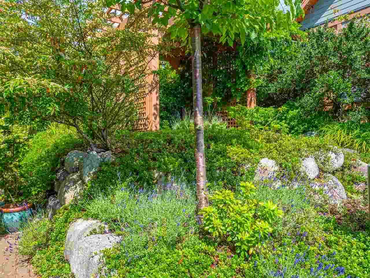 2 728 GIBSONS WAY - Gibsons & Area Townhouse for sale, 2 Bedrooms (R2528819) - #19