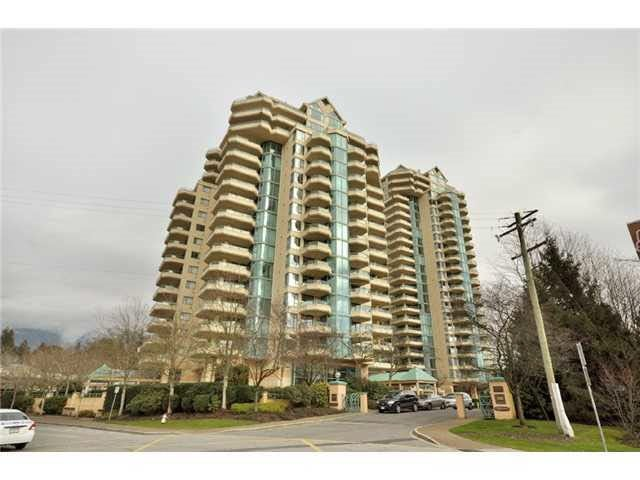 6D 328 TAYLOR WAY - Park Royal Apartment/Condo for sale, 2 Bedrooms (R2529076) - #1