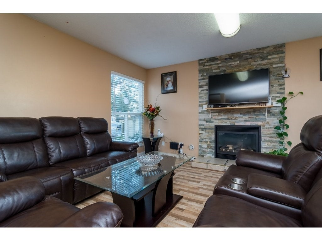 127 3030 TRETHEWEY STREET - Abbotsford West Townhouse for sale, 3 Bedrooms (R2529197) - #1