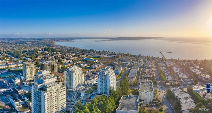 1208 15165 THRIFT AVENUE - White Rock Apartment/Condo for sale, 2 Bedrooms (R2529345)