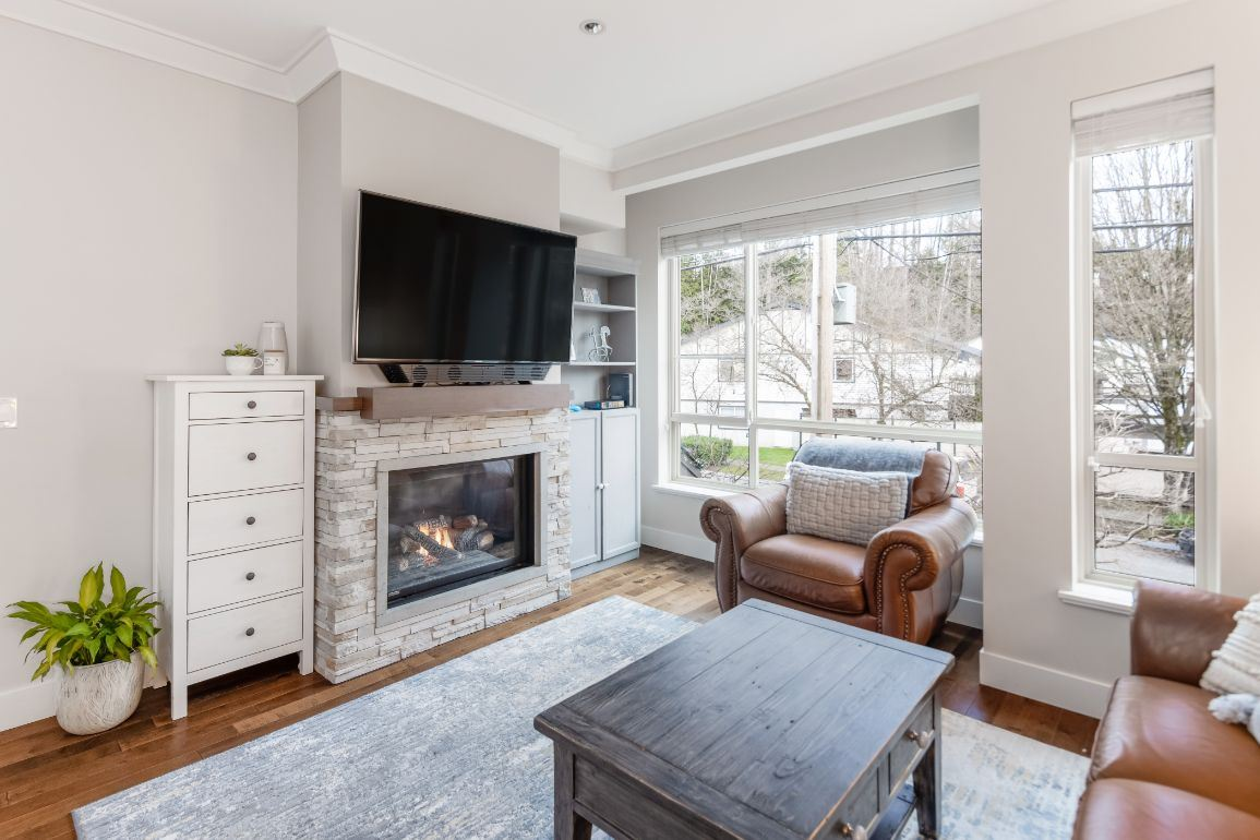 1 897 PREMIER STREET - Lynnmour Townhouse for sale, 4 Bedrooms (R2529455)