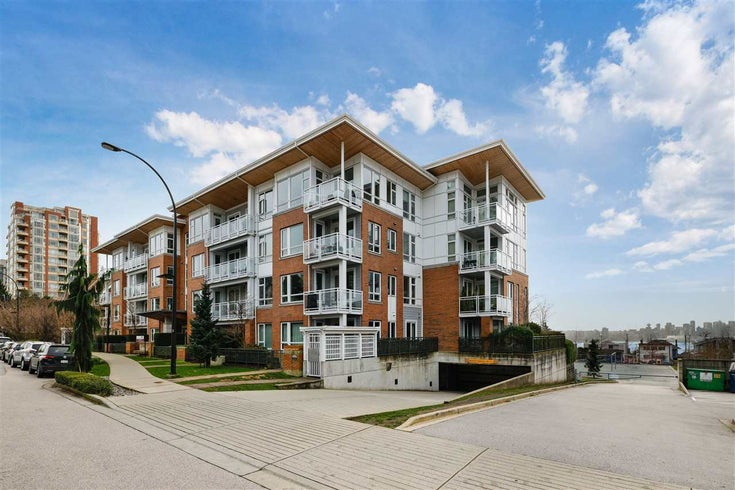 305 217 W 8TH STREET - Central Lonsdale Apartment/Condo for sale, 2 Bedrooms (R2529730)