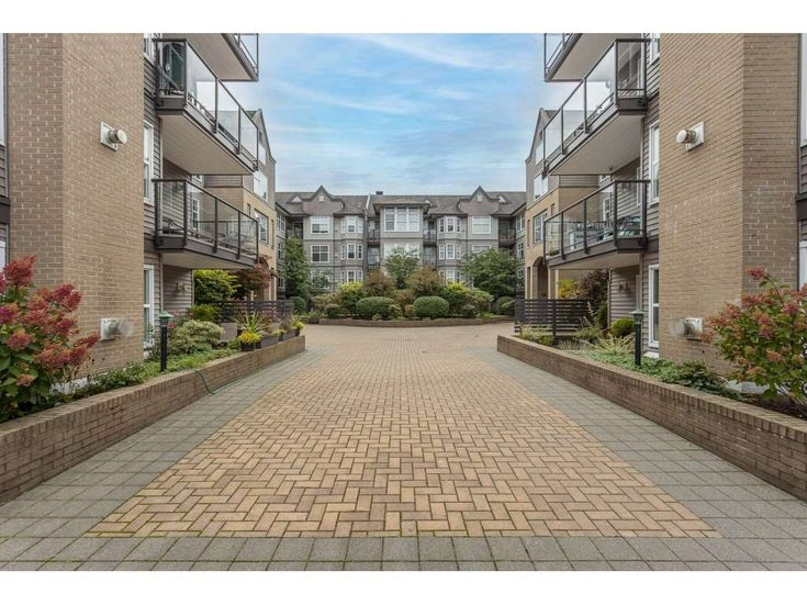 405 20200 56 AVENUE - Langley City Apartment/Condo for sale, 1 Bedroom (R2530044)