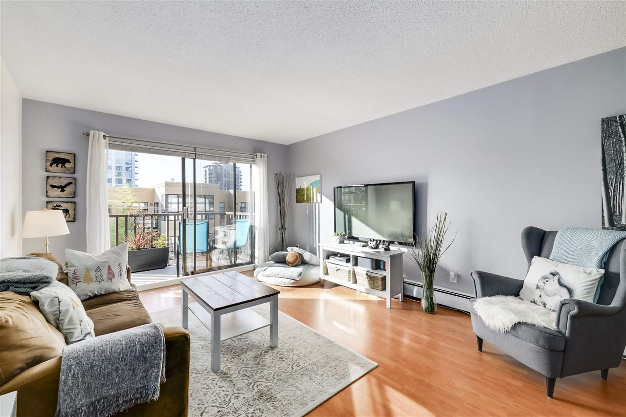 311 131 W 4TH STREET - Lower Lonsdale Apartment/Condo for sale, 1 Bedroom (R2530229)