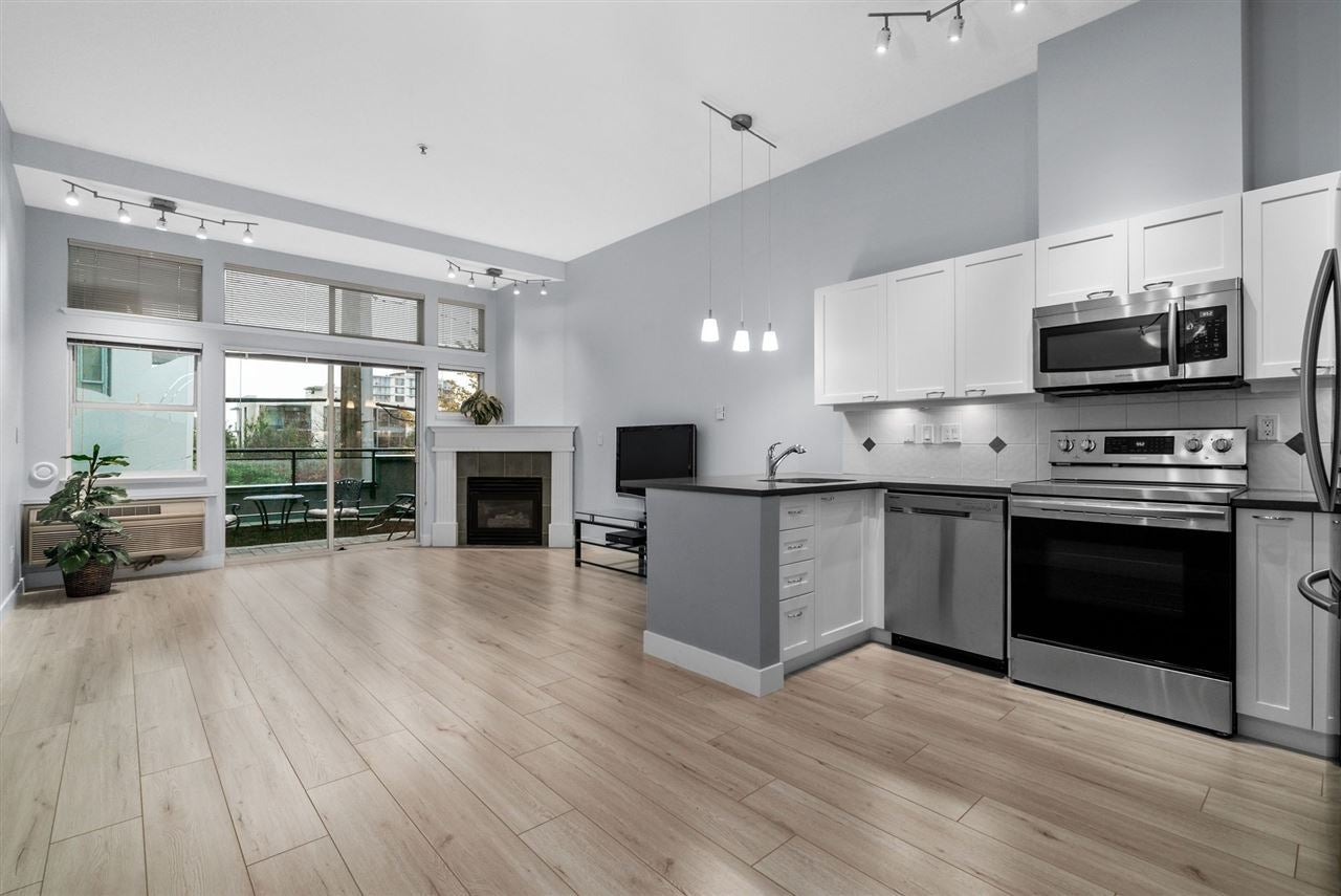108 131 W 3RD STREET - Lower Lonsdale Apartment/Condo for sale(R2530620)