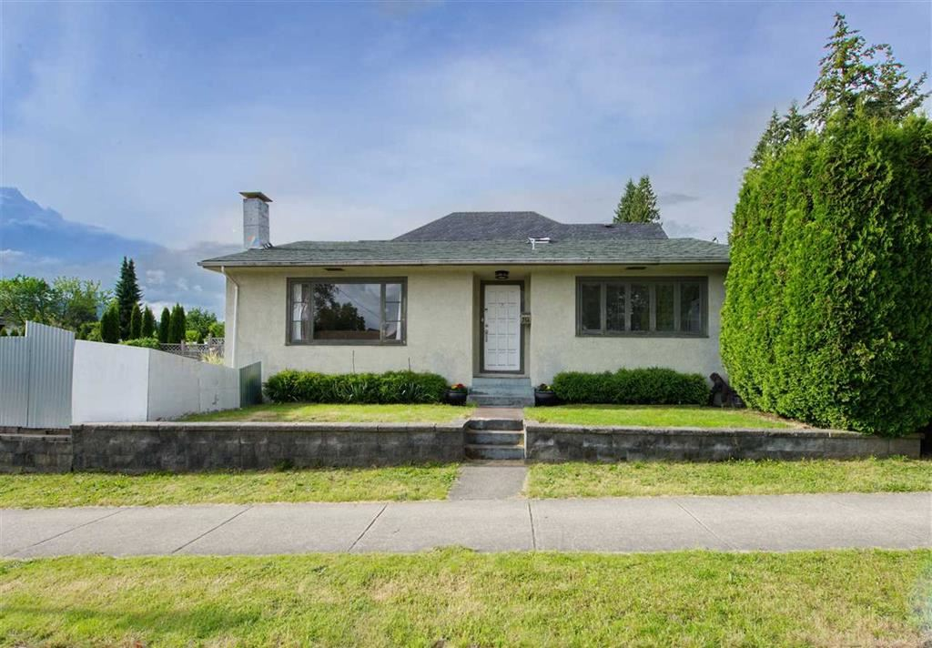 356 W 23RD STREET - Central Lonsdale House/Single Family for sale, 3 Bedrooms (R2530666) - #1