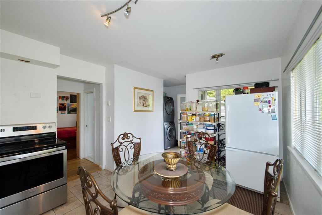 356 W 23RD STREET - Central Lonsdale House/Single Family for sale, 3 Bedrooms (R2530666) - #19