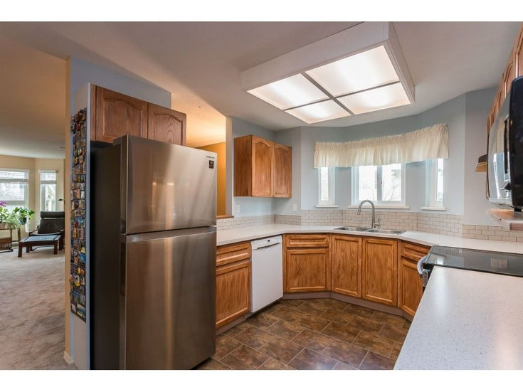 215 19721 64 AVENUE - Willoughby Heights Apartment/Condo for sale, 2 Bedrooms (R2530725)